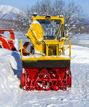 https://sbsmaintenance.com/wp-content/uploads/2016/06/snow-removal.jpg